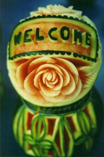 "Melone mit Beschriftung ""Welcome"""